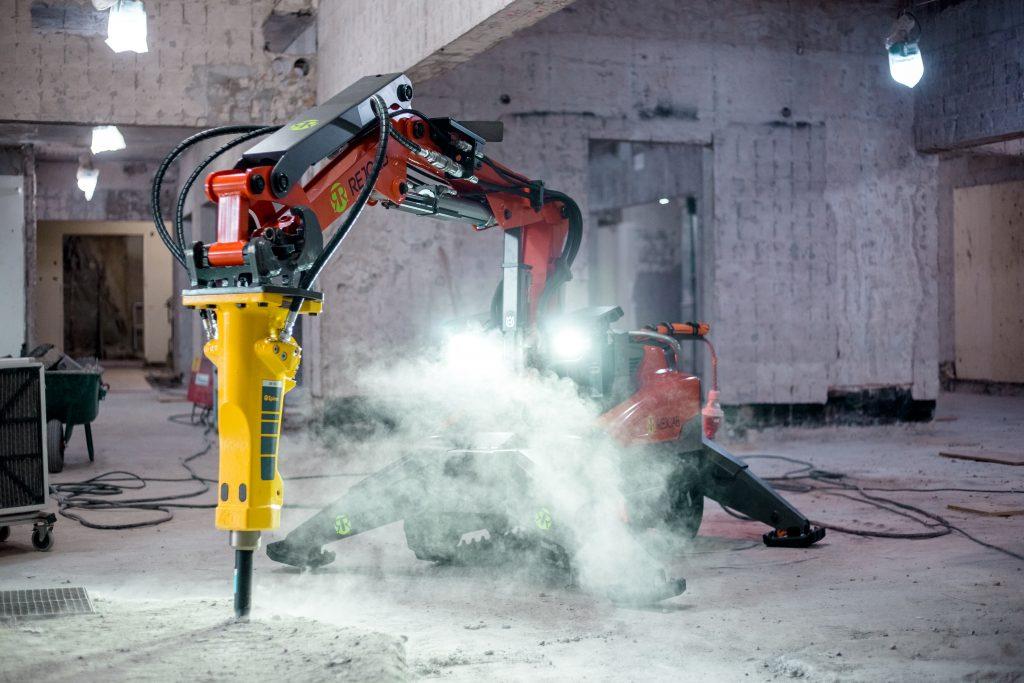 Kv Vallgrossen – Serneke – Rivning, håltagning, asbestsanering